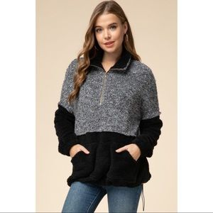 Color Blocked Sherpa Pullover - Black